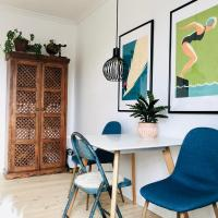 CPH Central apt with FREE BIKES / 60m2