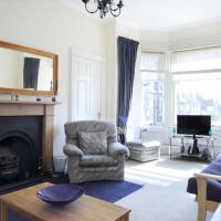 Traditional flat in affluent Morningside area