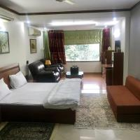 Ultra luxurious Suite for 4pax with King bed+recliners+kitchen+terrace+Pvt entrance
