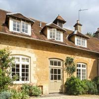 Shipton under Wychwood Villa Sleeps 8 Pool WiFi