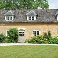 Shipton under Wychwood Villa Sleeps 4 Pool WiFi