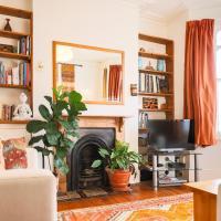 Unique 2 Bedroom House With Yoga Studio