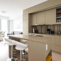 Luxury 1Br Apartment across TIFF Bell Lightbox