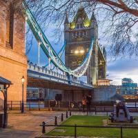Tower Bridge Rainbow Suites