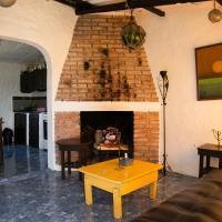 Casa Amarilla Playa Sur