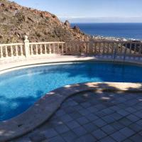 Fabulous and Exclusive Villa by the Mediterranean Sea. Special Deals!