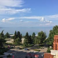 Lake view apartment! 200m2