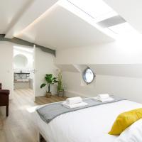 Eco HouseBoat