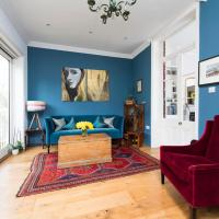 Traditional 4BR Period House in Islington
