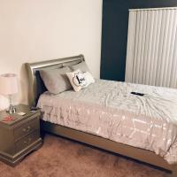 Stunning **Master Bedroom Behind LVConvention CTR