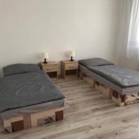 Ubytovanie Hlohovec - Šulekovo