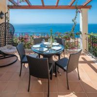 Designed Villa by HR Madeira