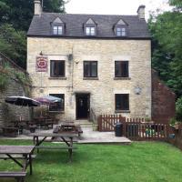 New Red Lion Inn