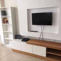 Ben Yehuda-Gordon Beach Apartment