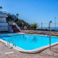 APT with sea view and large swimming pool