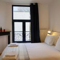 Vibrant Room with Private Parking Best Location
