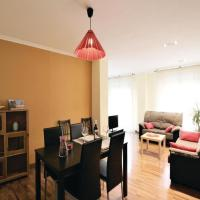 Three-Bedroom Apartment in Elche