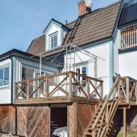 Five-Bedroom Holiday Home in Hultsfred