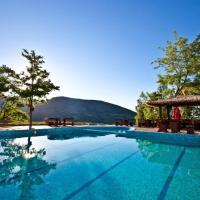 Хотелски Комплекс Планински Изглед