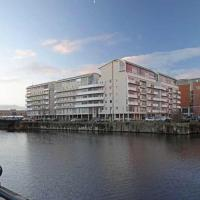 Inviting, Modern living by the Royal Albert Dock
