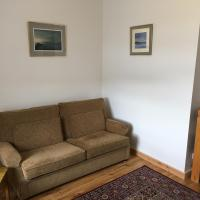 Kelburn Apartment