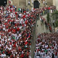 TuApartamento - Cuesta Santo Domingo 31-33