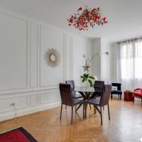 Apartement Libération haussmannien style