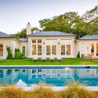 Valley-View Designer Sonoma Estate