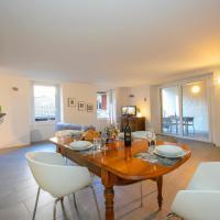 Lavena Ponte Tresa Apartment Sleeps 4 WiFi