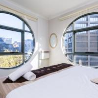 Calvin, CBD Private Apartments near Exhibition Centre and Casino