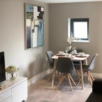 Urban Living's - The Wesley Luxury City Apartment