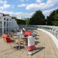 Exclusive Excel London Apartment