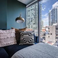Prime 2 BR Apt in River North by Domio
