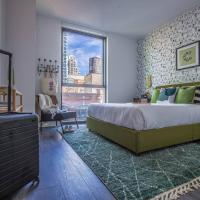 Stylish 2BR/2BA Apt in River North by Domio