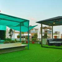 StayEden - Luxurious 3BHK with Home Theater & Rooftop Garden