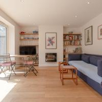 2 Bedroom Flat With Private Garden East London