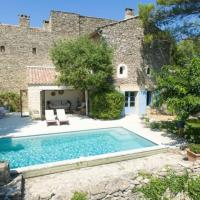 Bondy Luxury Villa with pool