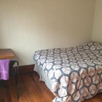 Amazing room in the heart of little Italy (CCF, CWRU,UH)