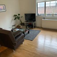 Sunny Apartment in Chelsea