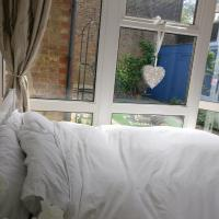 Surrey London Homestay