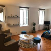 Very quiet 2-room appartment - Old Port, Town center