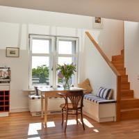 Joachim.8 Maisonette-Apartment mit 2 Schlafzimmern im Herzen von Berlin Mitte