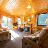 3 Bedroom Lodge on Farm with Beautiful Valley Views and Walks