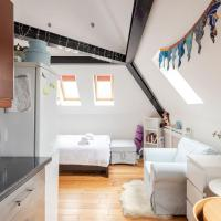 Finchley Road Studio For 2 by GuestReady