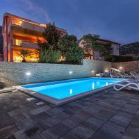 Apartments Villa Dina