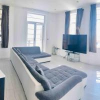 Luxury City Centre Apartment 75'HDTV W/ Netflix
