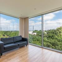 2BR flat w/ great view& balcony in Tottenham Hale