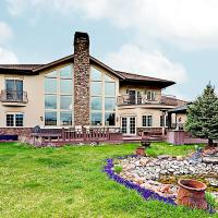 New Listing! Palatial Golf Club Retreat W/ Hot Tub Home
