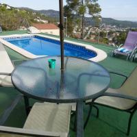 Booking.com: Hoteles en Canyelles. ¡Reserva tu hotel ahora!