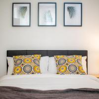 Broadhurst House Deluxe Room 3